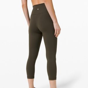 Lululemon Wunder Under High Rise Crop 21""